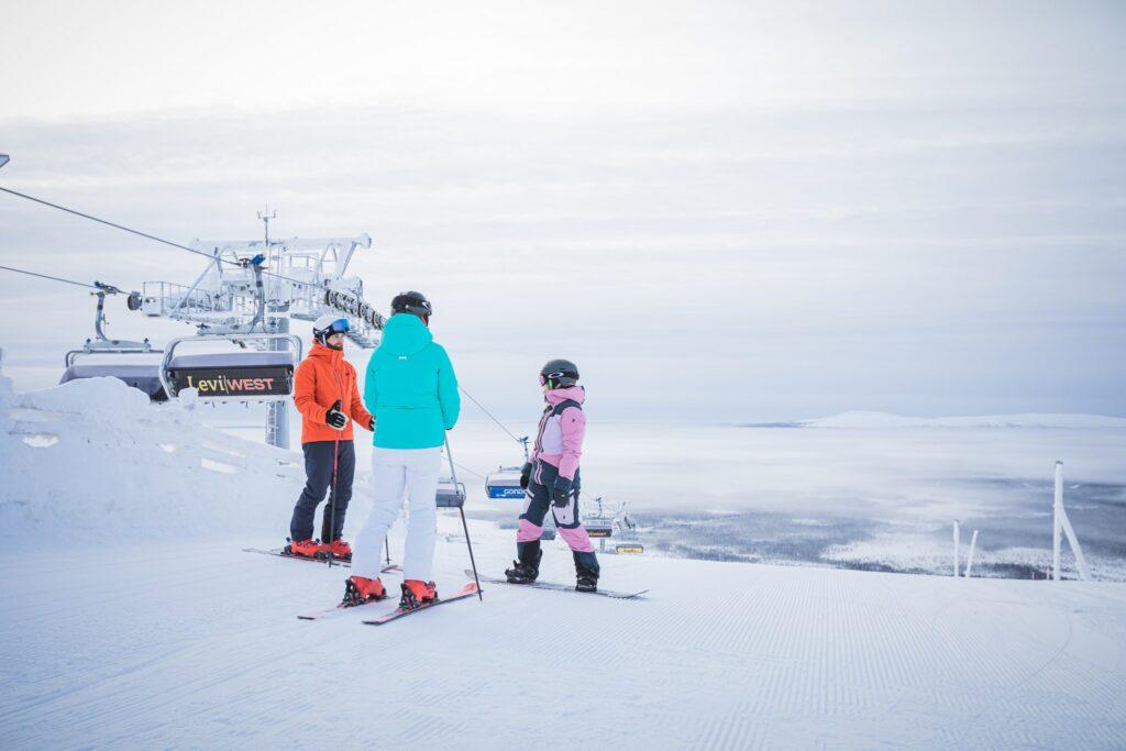 Levi West Hissilla Upeat Avajaiset Edge Ski