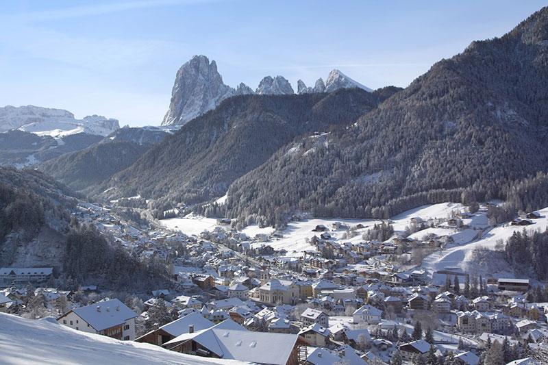Upeita Dolomiittien maisemia voisi ihailla viikkotolkulla.