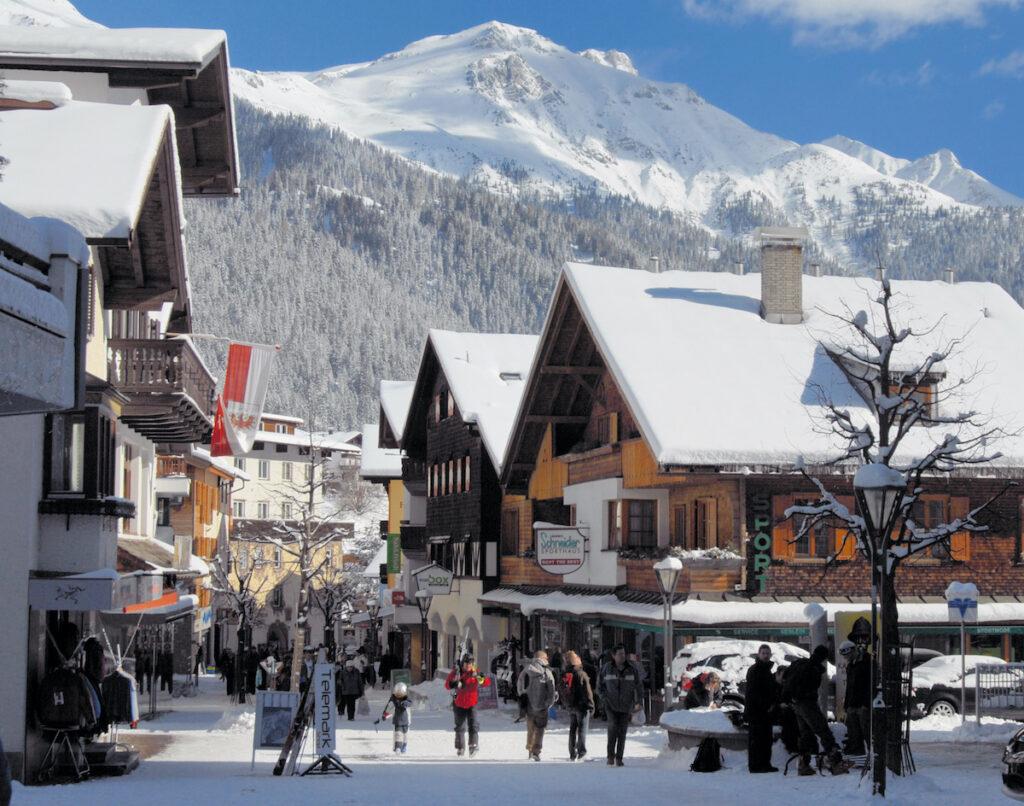 St. Anton - legendaarinen hiihtokeskus Itävallassa